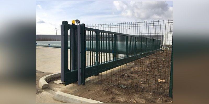 Puerta corredera autoportante sin rail